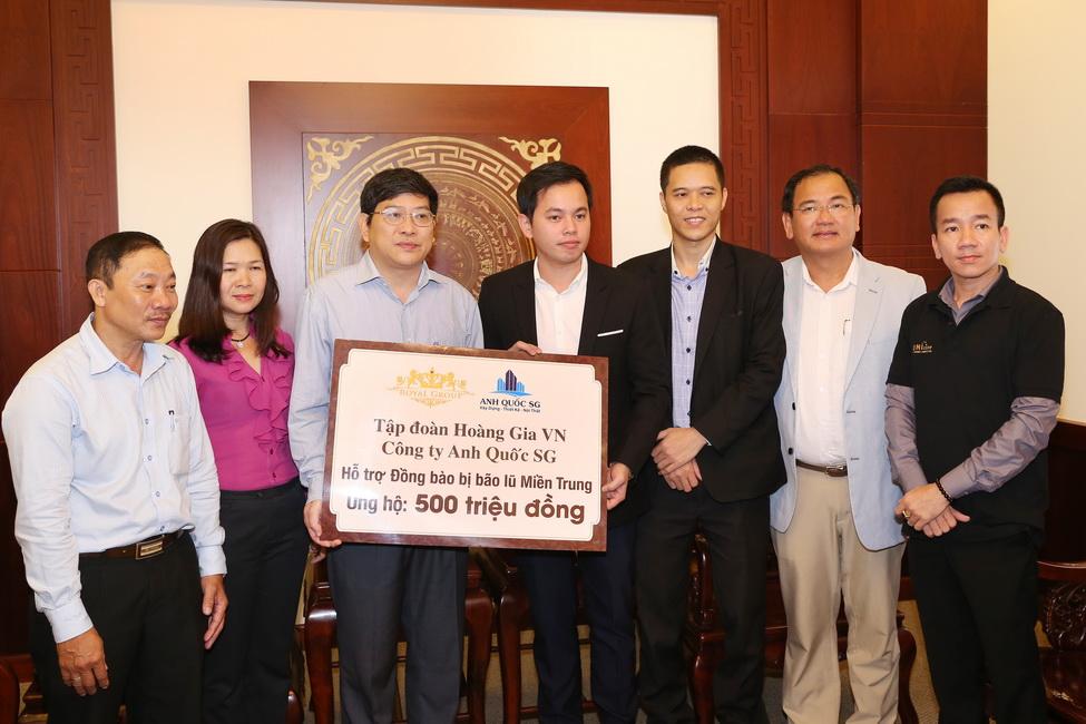 Đại diện HHHV VN 2017, các nhà tài trợ đến thăm hỏi lãnh đạo UBND tỉnh Khánh Hòa