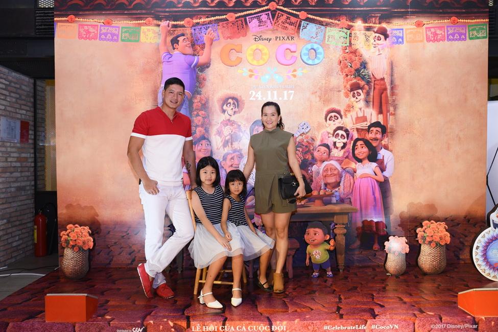 Gia đình Bình Minh - Anh Thơ