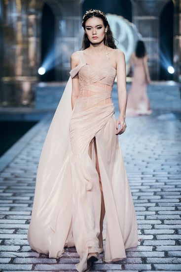 NDN_Chung Thanh Phong Shes a goddess_2