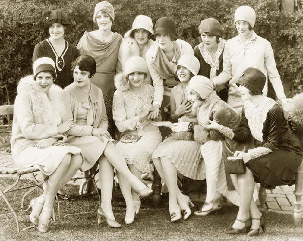 Một buổi tiệc được ghi ảnh vào năm 1928