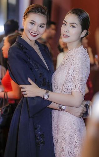 Ha Tang đeo nhẫn Love, đồng hồ Ballon Bleu