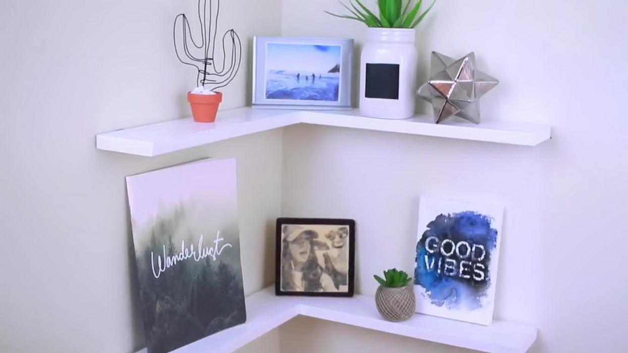 Góc trang trí nhỏ xinh trong phòng ngủ