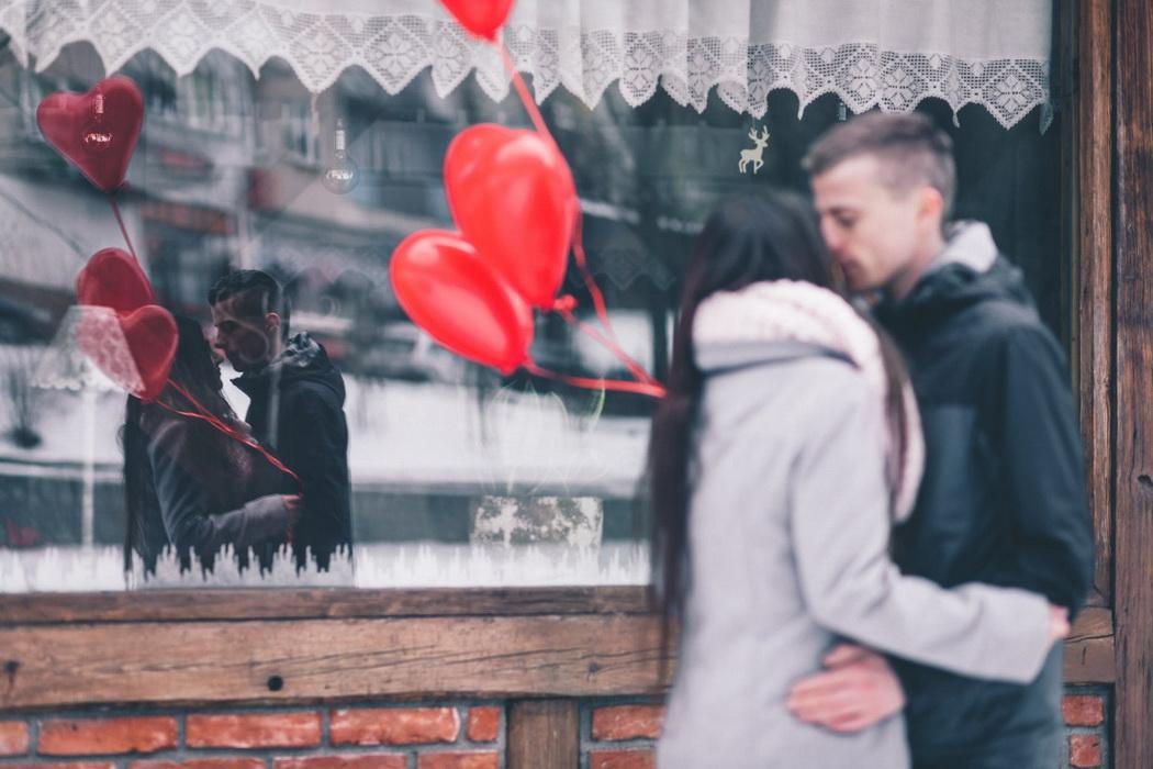 Những thú vị bất ngờ là chất xúc tác gắn kết thêm tình cảm