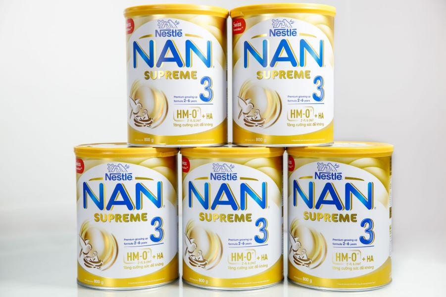 sua NAN SUPREME 3 Nestle tang suc de khan