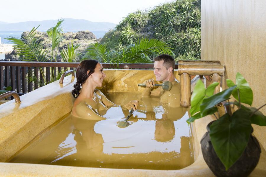 tắm bùn Amiana Resort Nha Trang
