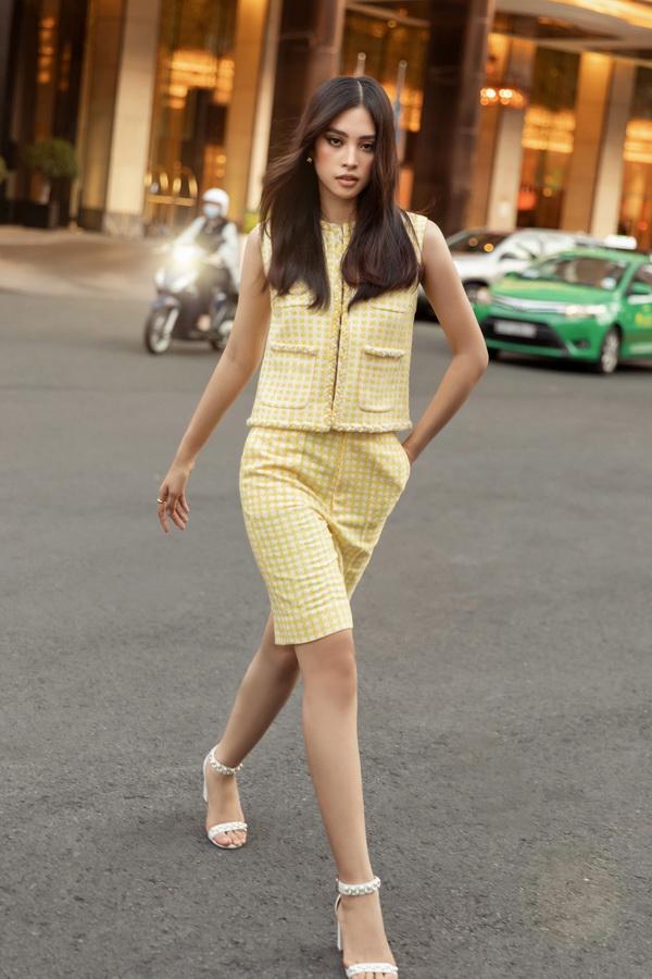 xu hướng thời trang bst Công Trí Summer Capsule Xuân Hè 2020 đỗ mỹ linh