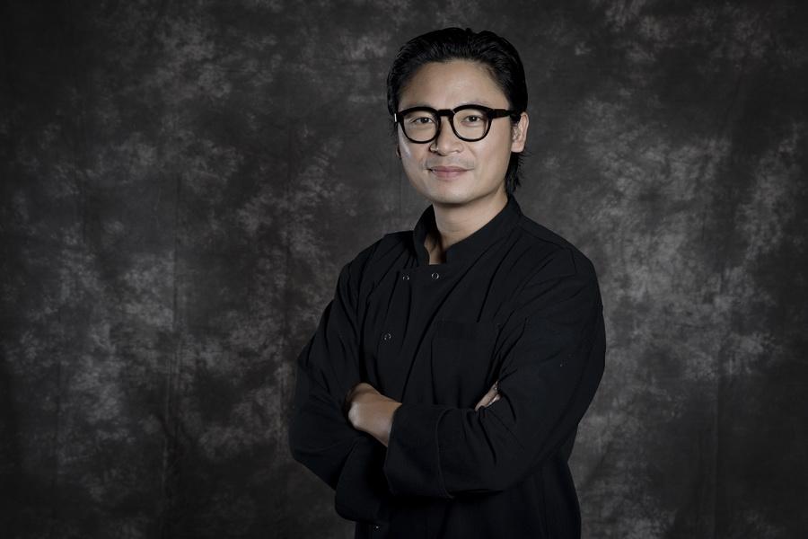 tiệc trà chiều Luke Nguyễn