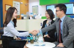 Standard Chartered hỗ trợ May Bắc Giang sản xuất thiết bị trong đại dịch Covid-19
