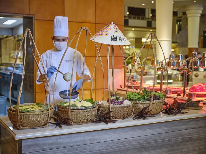buffet hải sản Lotte Saigon