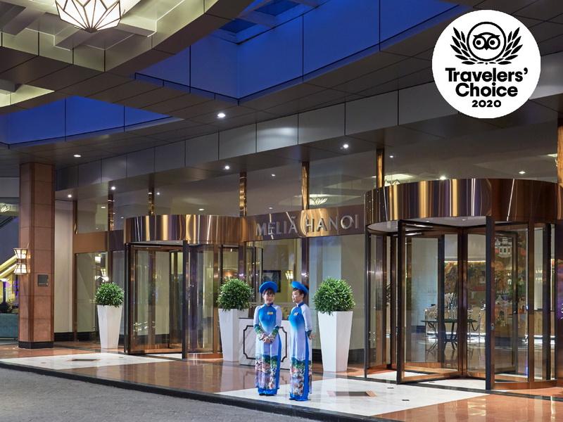 Meliá Hanoi nhận giải thưởng International Hotel Awards 2020-2021 và TripAdvisor