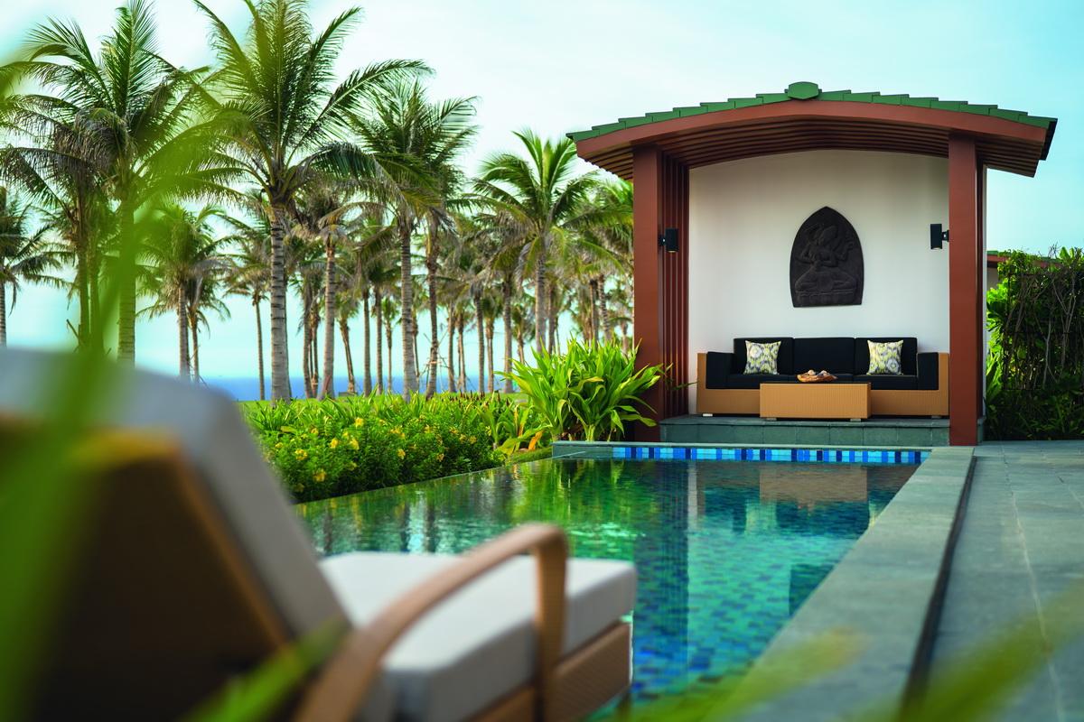 ưu đãi nghỉ dưỡng resort Movenpick Cam Ranh