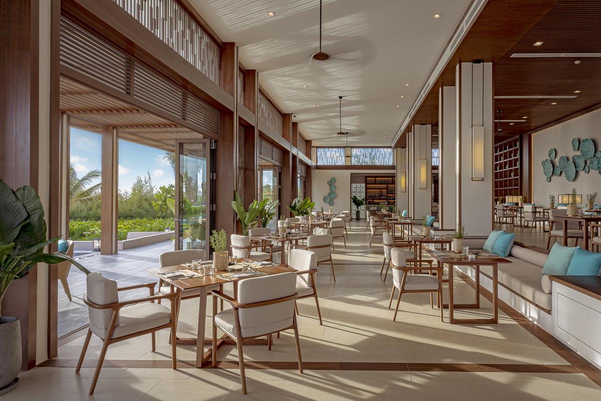không gian nhà hàng Vị khu nghỉ dưỡng Maia Resort