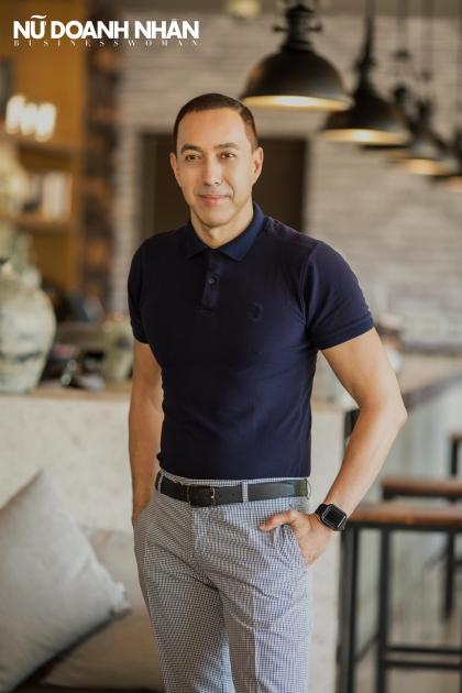 phỏng vấn tạp chí nữ doanh nhân quản lý resort Novotel Phú Quốc