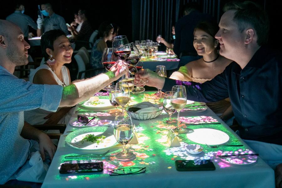 bữa tối kì diệu 3D Magica InterContinental Saigon