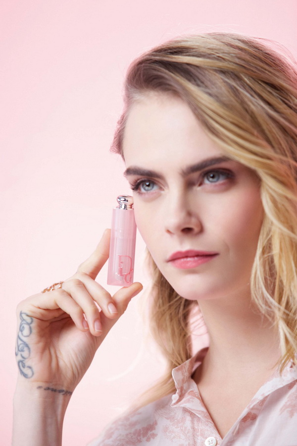 dior ra mắt son dưỡng dior lip glow 2021