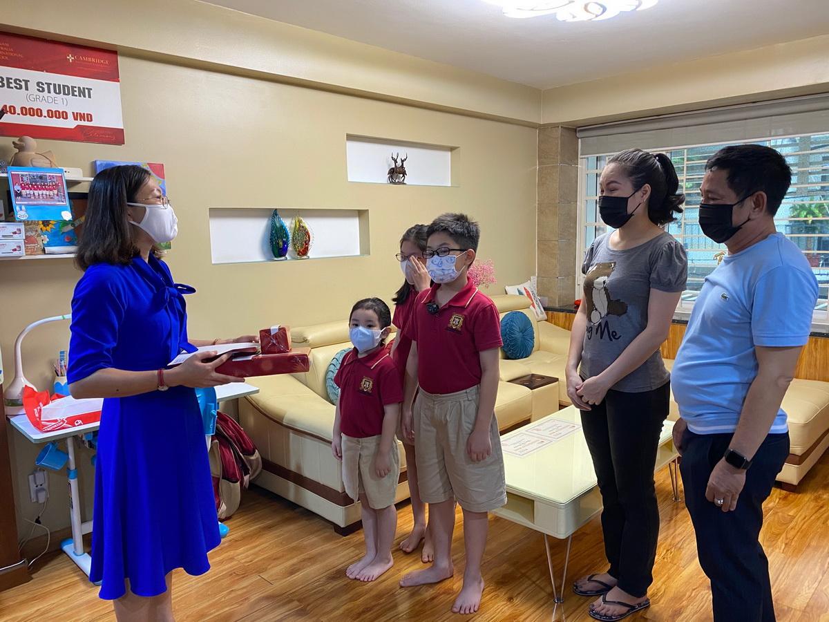 trường quốc tế việt úc vas tổ chức lễ bế giảng tại nhà
