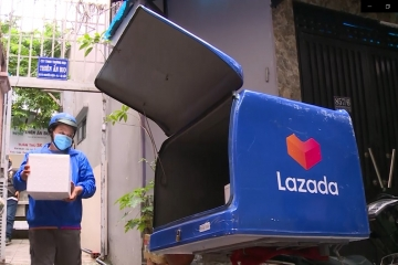 Lazada miễn phí vận chuyển 100% cho đơn hàng thiết yếu trên toàn TP.HCM