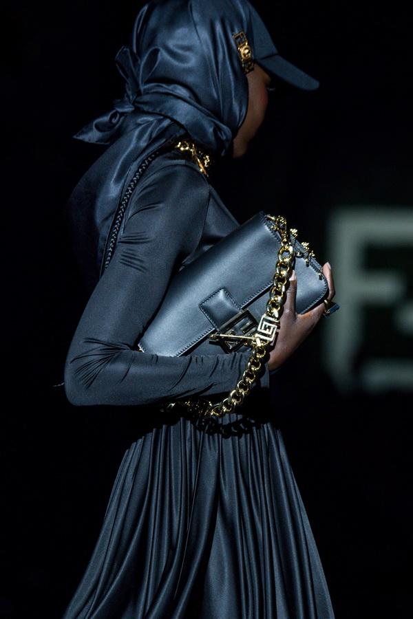 Versace Fendi - Fendace - Cái bắt tay của những huyền thoại